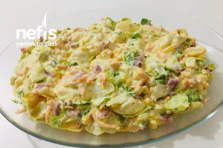 Yoğurtlu Patatesli Karışık Salata Tarifi