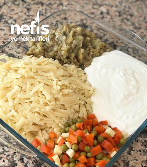 Köz Patlıcanlı Erişte Salatası