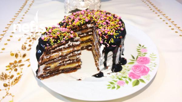 Teremyağlı Şekli Şahane Pankek Pasta