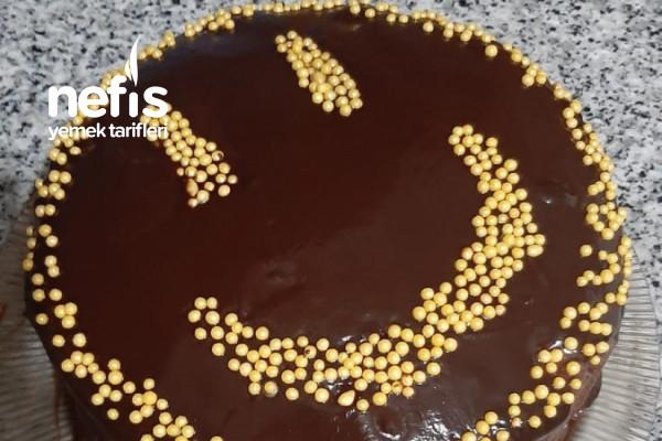 Teremyağlı Bol Çikolatalı Yaş Pasta Tarifi