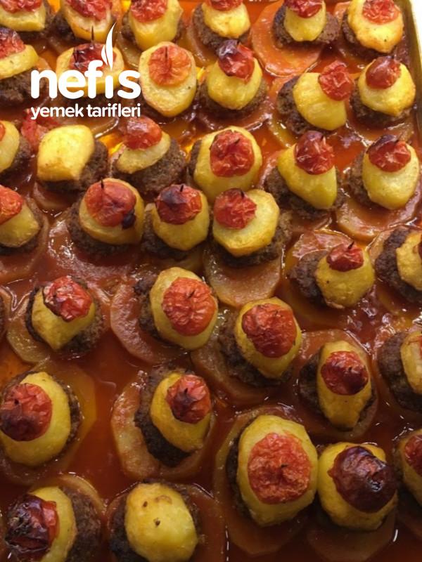 En Nefisinden Fırında Köfte Patates
