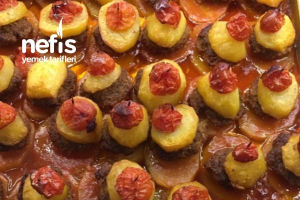 En Nefisinden Fırında Köfte Patates Tarifi