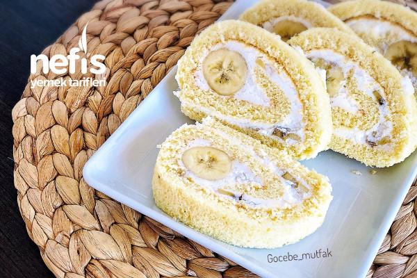 8-9 Dakikada Pişen Yumuşacık Kekiyle Az Malzemeli Kolay Rulo Pasta Tarifi