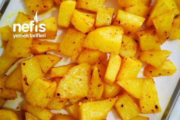 Kıyma ve Yoğurt Soslu Fırında Patates