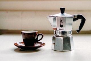 Moka Pot Nedir? Kahve Nasıl Yapılır?