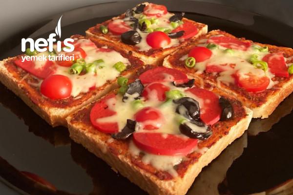 Pratik Tost Ekmeğinde Pizza (Videolu) Tarifi