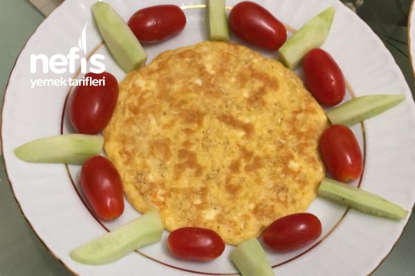 Tok Tutan Yulaflı Peynirli Omlet Tarifi