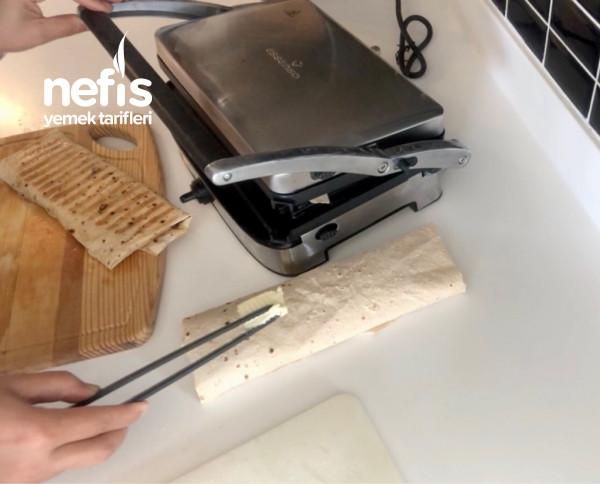 Yufka Ekmeğinden Tos