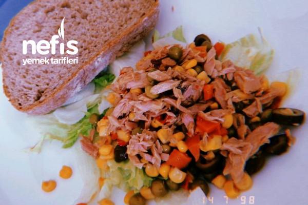 Ton Balıklı Salata Tarifi