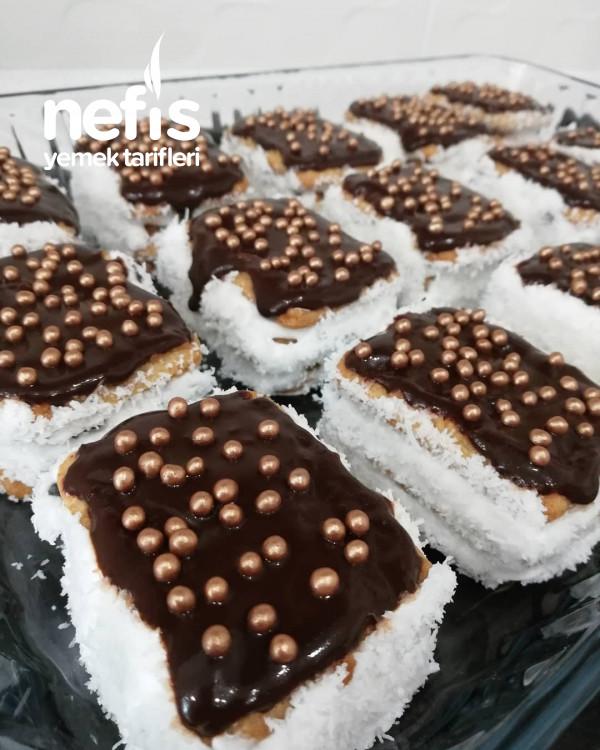 Burçak Bisküvili Pasta