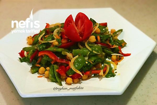 Enfes Yeşil Fasulye Salatası (Videolu) Tarifi