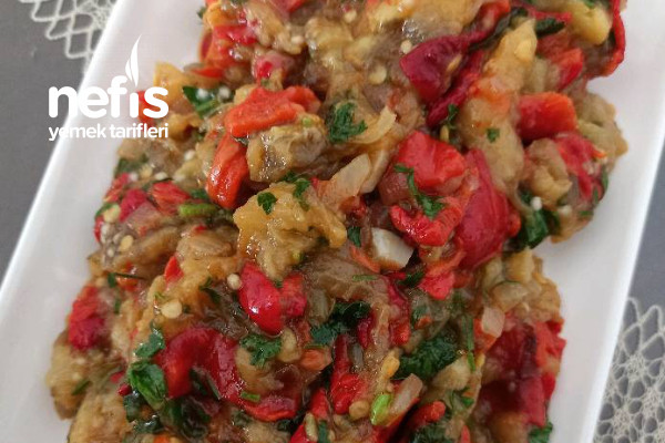 Közlenmiş Patlıcan Ve Kapya Biber Kavurması Tarifi