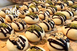 Çay Demleninceye Kadar Hazır Ağızda Dağılan Pastane Usulü Kurabiye Tarifi (Videolu)