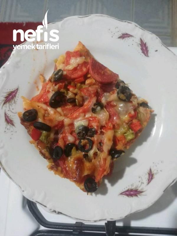 Patates Püresi Tabanlı Pizza.