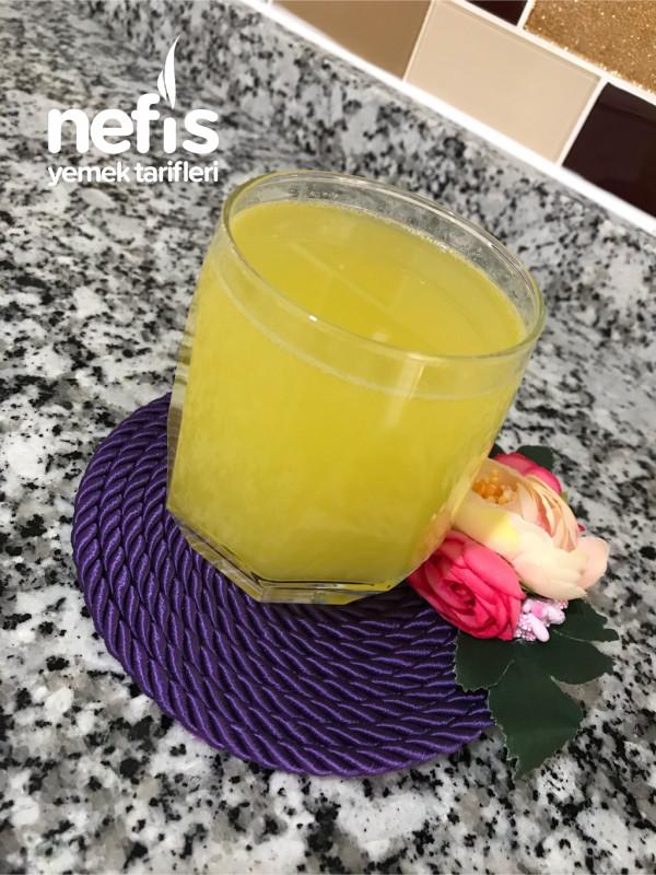Yaz Sıcaklarında Serinleten Kolay Limonata