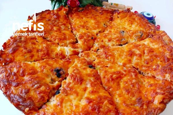 5 Dakikada Hamur Yoğurmadan Yufka Almadan En Pratik Pizza(Videolu) Tarifi