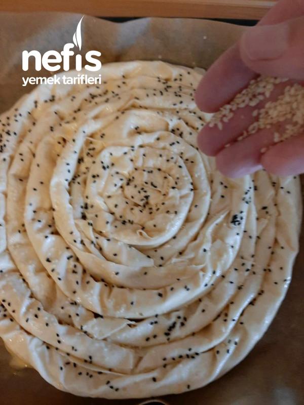 Çıtır Börek 3 Adet Yufkadan Çıtır Kıyır Kıyır Bir Börek Çok Beğeneceksiniz