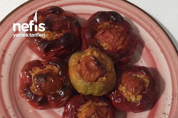 Fırında Zeytinyağlı- Kırmızı Tombik Biber Dolması Tarifi
