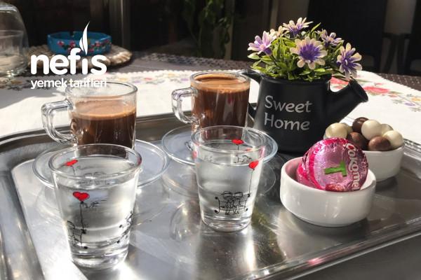 Sıcak Çikolata Tadında Nutellalı Türk Kahvesi Tarifi