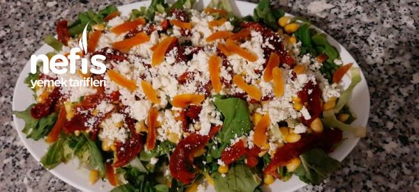 Bır Yaptınızmı Duramasınız(kurudomates Salatası)
