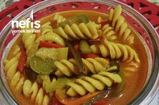 Ev Yapımı Sebzeli Noodle (Sebzeli Makarna) Tarifi