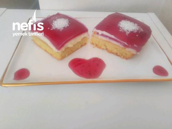 3 Renkli Kek