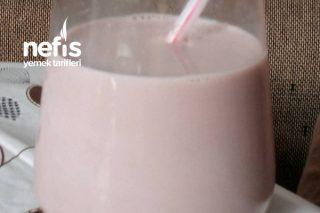 Efsane Çikolatalı Süt Tarifi