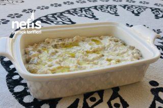 Tahinli Labneli Köz Patlıcan Salatası Tarifi