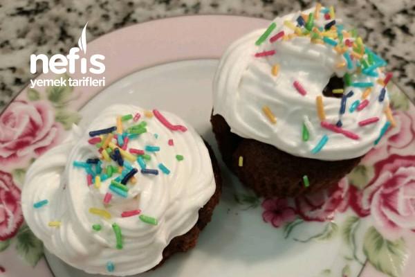 Rengarenk Cupcake Tarifi