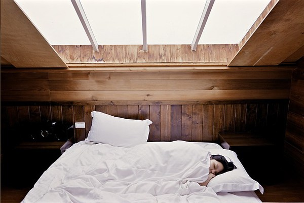 Gece Terlemesi 8 Popüler Soruda Tüm Merak Edilenler Tarifi