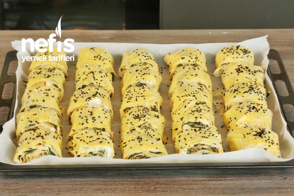 Ispanaklı Peynirli Dilim Börek