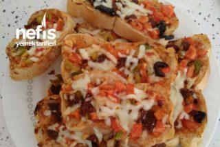 Kahvaltılık Pizza (10 Dakika Hazır) Tarifi