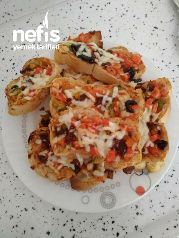 Kahvaltılık Pizza (10 Dk Hazır)