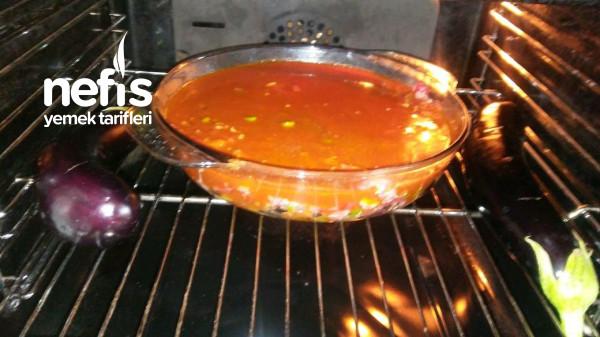 Fırında Leziz Basit Patlıcan Yemeği