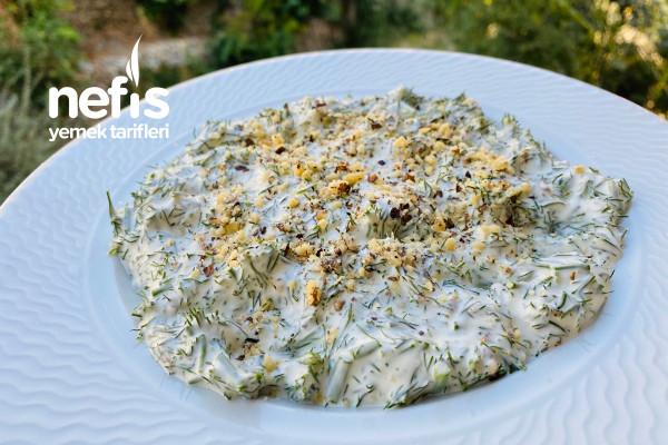 Cevizli Dere Otu Salatası