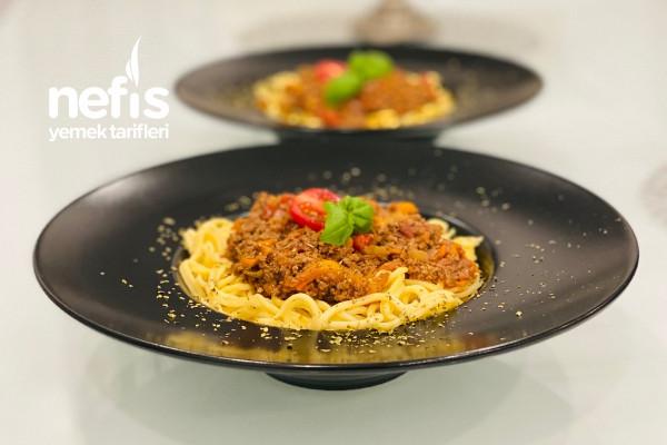 "Ev Yapımı Spaghetti ""Bolognese soslu "" Tarifi"