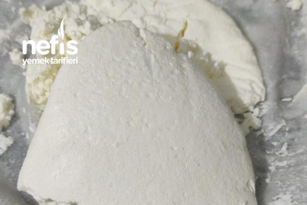 Quark Peyniri (Kefirden Peynir) Tarifi