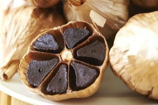 Siyah Sarımsak: Beyazdan 2 Kat Fazla Antioksidan Tarifi