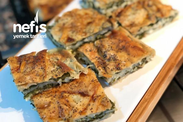 Ispanaklı Börek (En Lezzetlisinden) Tarifi