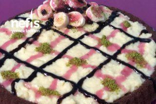 Tart Kalıbında Puding Soslu Kek (Tadına Doyamayacaksınız) Tarifi