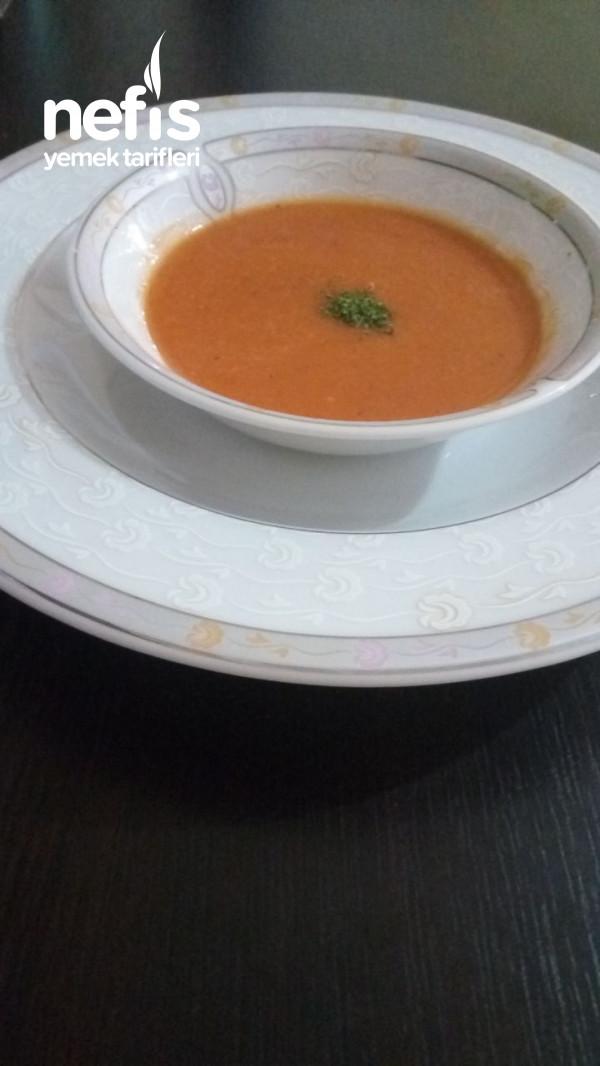 Yalancı Tarhana Çorbası