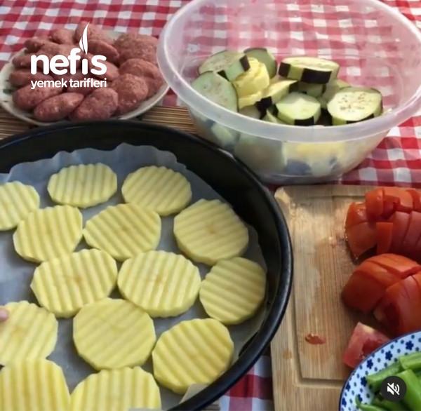 Köfteli Patlıcan Dizme Çok Lezzetli Çok Pratik