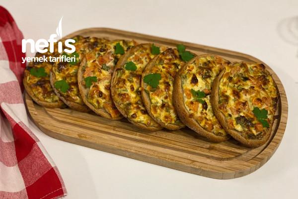 Bayat Ekmeklerden Dışı Kıtı İçi Yumuşacık Kahvaltılık Tarifi