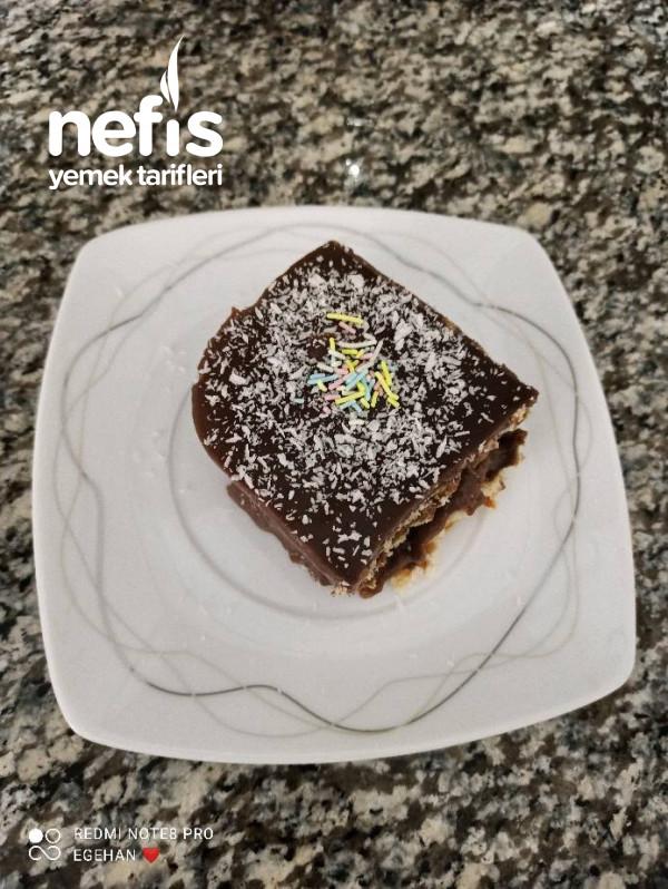 Ev Yapımı Pudingi İle Nefis Bisküvi Pastası