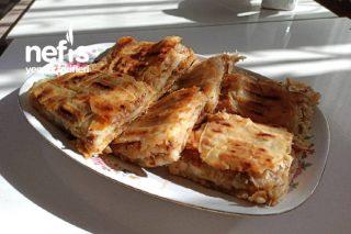 Kahvaltıların Vazgeçilmezi Kıymalı Tava Börek (Çift Taraflı Tavada) Tarifi