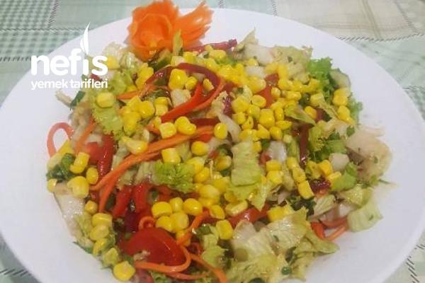 Mısırlı Marul Salatası Tarifi