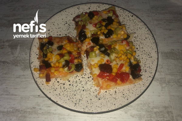 Pratik Yumuşacık Pizza Tarifi