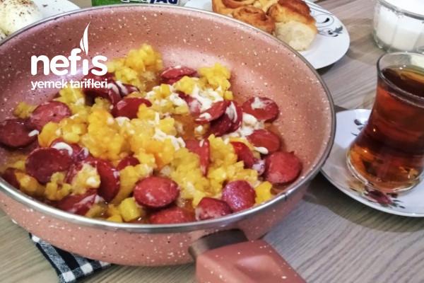 Patatesli Sucuklu Kaşarlı (Kahvaltının Yıldızları) Tarifi
