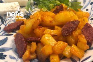 Patatesli Sucuklu Nefis Kahvaltılık Tarifi