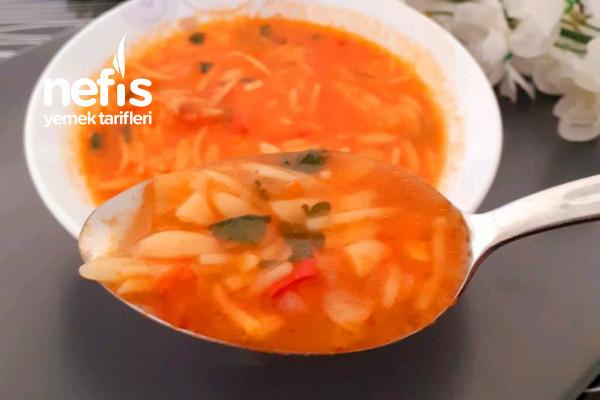 Tam Kıvamında Sebzeli Şehriye Çorbası(Kaşık Kaşık Vitamin) Tarifi